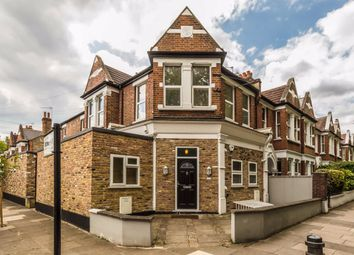 3 bed flat to rent in Southfield Road, London W4
