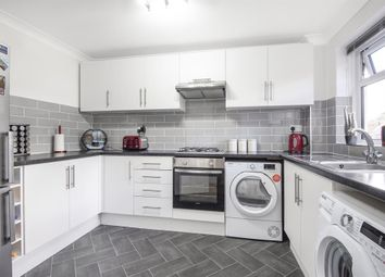 2 bed maisonette for sale in Victor Close, Hornchurch RM12