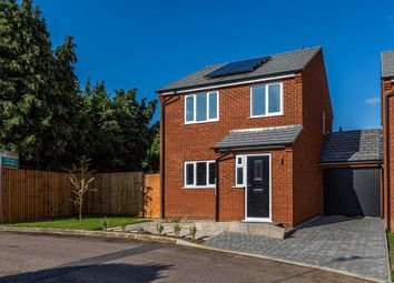 3 bed link-detached house for sale in Warrens Close, Irthlingborough, Northamptonshire NN9