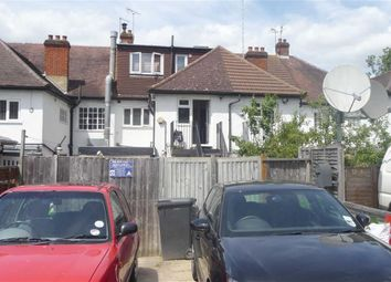 Thumbnail 3 bed flat to rent in Chipstead Valley Road, Coulsdon, Surrey