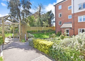 1 bed flat for sale in Beaconsfield Road, Waterlooville, Hampshire PO7
