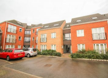 Thumbnail 3 bed flat to rent in Askham Court, Radcliffe Road, Nottingham