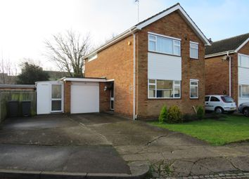 Thumbnail 3 bed detached house for sale in Lonsdale Close, Luton