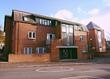 Thumbnail 2 bedroom flat to rent in Vicarage Hill, Alton