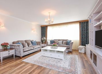 Thumbnail 3 bed flat for sale in Salisbury Avenue, Finchley