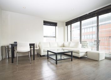 Thumbnail 2 bedroom flat to rent in Horizon Building, Hertsmere Road, Canary Wharf