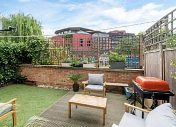 Thumbnail 2 bed flat for sale in Amber Wharf, Canal Side, Haggerston