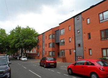 2 bed flat to rent in Century Court, North Sherwood Street, Nottingham NG1