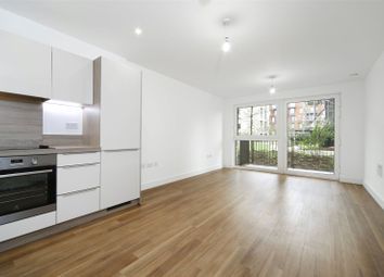 Thumbnail 2 bed flat to rent in Yeoman Street, London