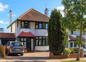 Hillway, Westcliff-On-Sea, Essex SS0. 4 bed detached house