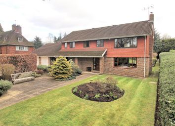 Thumbnail 3 bed detached house for sale in Old Avenue, West Byfleet