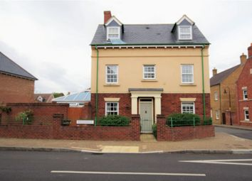 Thumbnail 4 bed detached house for sale in Ravensdale, Swindon