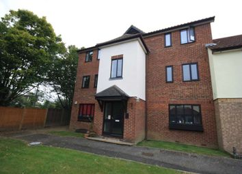1 bed flat to rent in Robinia Close, Laindon, Basildon SS15
