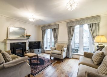 Thumbnail Mews house to rent in Cookham Crescent, London