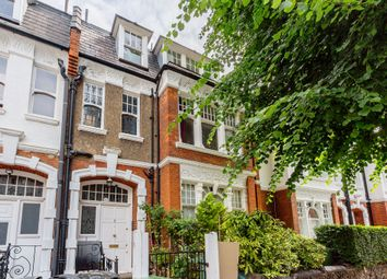 Thumbnail 1 bed flat to rent in Glenilla Road, London
