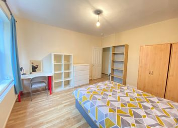 Thumbnail 4 bed shared accommodation to rent in Old Castle Street, City