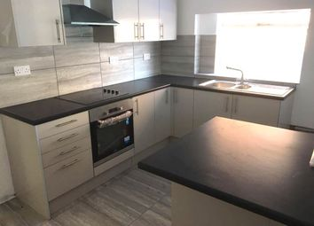 Thumbnail 5 bed detached house to rent in High Street, Newington, Sittingbourne