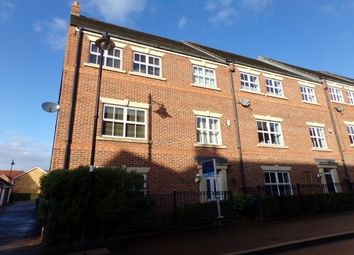Thumbnail 5 bed property to rent in Featherstone Grove, Newcastle Upon Tyne