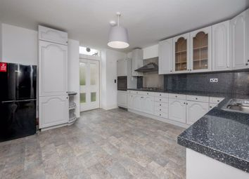 4 bed flat to rent in Brunton Place, Hillside EH7