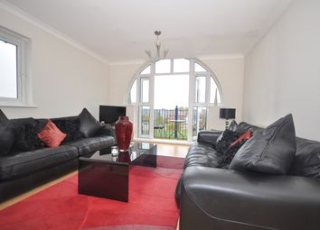 Thumbnail 2 bedroom flat to rent in The Lakes, Larkfield, Aylesford