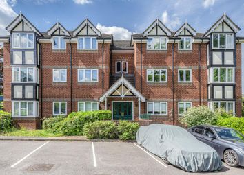 Thumbnail 2 bed flat for sale in Apsley, Hertfordshire