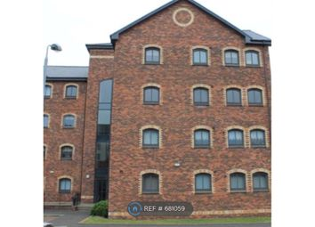 2 bed flat to rent in James Watt Way, Greenock PA15