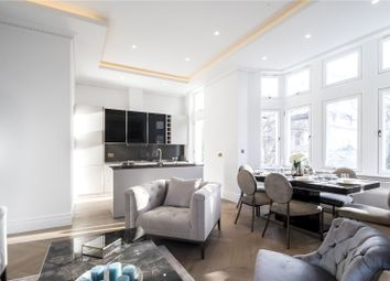 Thumbnail 2 bed flat for sale in Palace Court, London