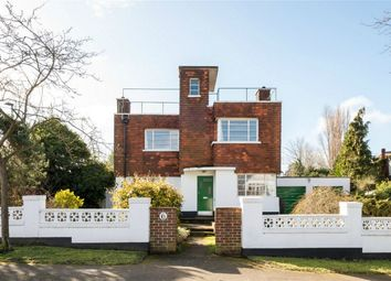 4 bed detached house for sale in Shirley, London CR0