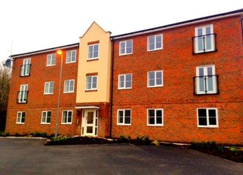 Thumbnail 2 bedroom flat to rent in Hansen Gardens, Hedge End, Southampton