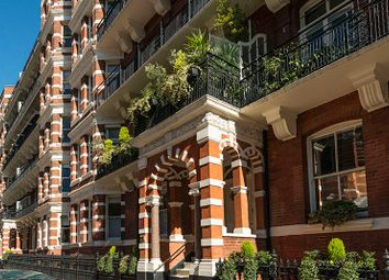 Thumbnail 4 bed flat for sale in 53, Ashley Gardens, London