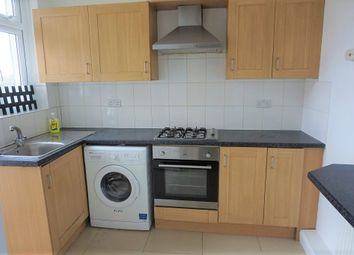 Thumbnail 3 bed flat to rent in New Park House, Palmers Green