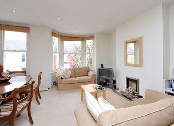 3 bed maisonette to rent in Tregarvon Road, London SW11