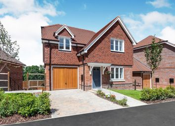 4 bed detached house for sale in North Street, Turners Hill, Crawley RH10