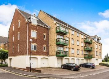 Thumbnail 2 bed flat for sale in Pacific Close, Ocean Village Marina, Southampton