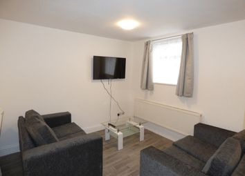 Thumbnail Room to rent in Edwin Street, Gravesend, Kent