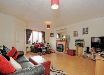 Thumbnail 3 bed link-detached house for sale in Tyburn Glen, Didcot, Oxfordshire