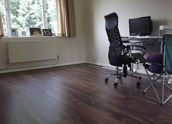 Thumbnail 2 bed flat to rent in Gladeside, Winchmore Hill, London