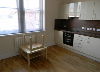 Thumbnail 1 bedroom flat to rent in Lowgate, Hull