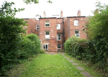 Thumbnail 3 bed flat to rent in Cardigan Road, Headingley, Leeds