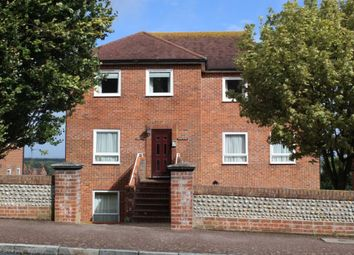 2 bed flat to rent in Carew Road, Eastbourne BN21