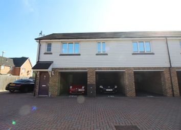 Thumbnail 2 bedroom detached house for sale in Aldermere Avenue, Cheshunt, Waltham Cross