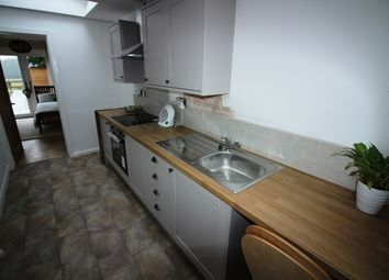 Thumbnail 1 bed flat to rent in Red Lane, Burton Green, Kenilworth