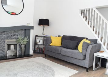 2 Bedrooms Terraced house for sale in Old Clough Lane, Worsley M28