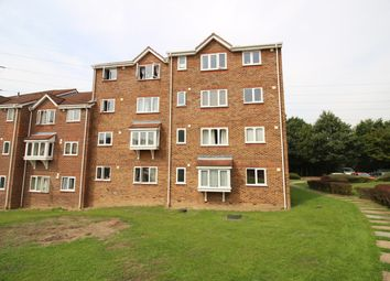 1 bed flat to rent in Percy Gardens, Worcester Park KT4