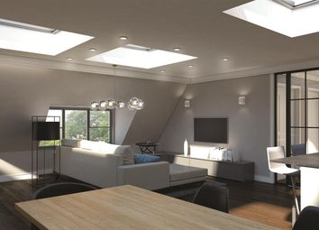 Thumbnail 2 bed flat for sale in Hampstead Lane, Highgate