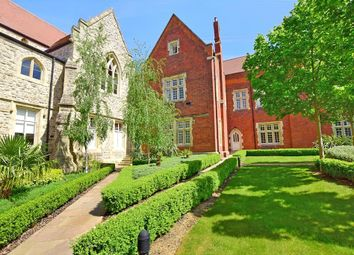 Thumbnail 2 bed flat for sale in Pope Court, Brentwood, Essex