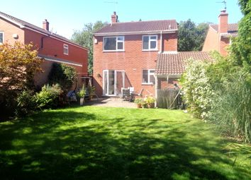 Thumbnail 3 bed detached house for sale in Chanterlands Avenue, Hull