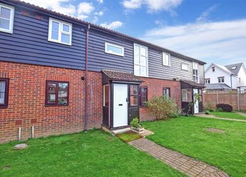 2 bed flat for sale in Oak Tree Close, Marden, Tonbridge, Kent TN12