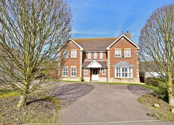 Thumbnail 4 bed detached house for sale in Masons Way, Pulborough, West Sussex