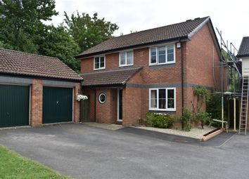 Thumbnail 4 bed detached house for sale in Wythemede, Foxley Fields, Binfield, Berkshire